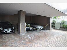 ~ 新規内装リフォーム 家具付き販売 安心のオートロック 南東向き角部屋陽当たり・通風良好 エレベーター無 駒沢大学駅より徒歩9分の好立地 ~