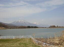 霊仙寺湖、近く...