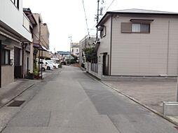 現地前面道路。