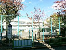 第5小学校 約950m