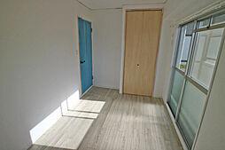 北側洋室約5.2帖(別角度から)