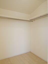 2階:8帖洋室...