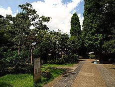 公園六本木西公園まで805m