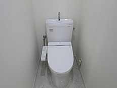 トイレ新規交換(ウォシュレット付)