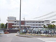 壱分小学校 徒歩21分(1700m)