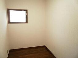 2階納戸です。