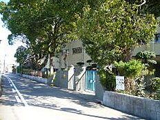 小学校日方小学校まで410m