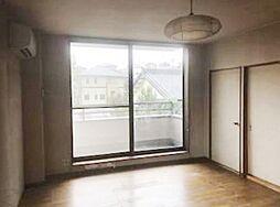 現況寝室。大きな窓付。
