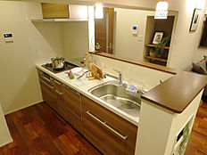 効率よく動けるシステムキッチンで、お料理の腕前もさらにランクアップ