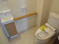 トイレ1(新規リフォーム済)