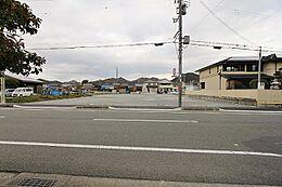 南側からの現地写真