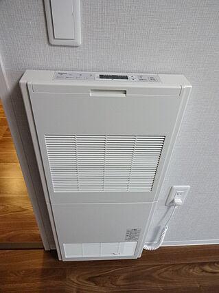 ガス暖房機