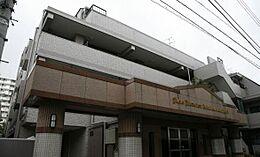 平成9年築・ペット飼育可のライオンズマンション高田馬場第2。タイル貼の外観