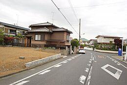 整形地 低層住居専用地域 平坦地 南面道路 日当たり良好 建築条件無し 分譲地