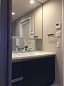 3面鏡付洗面台