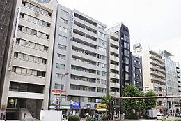 外観(H29.6撮影)/渋谷駅より徒歩6分、表参道駅より徒歩8分、各方面へアクセス便利な好立地です