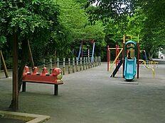 周辺環境:三田公園