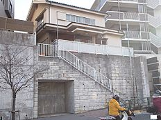 2沿線利用可「高幡不動」駅徒歩約7分と交通アクセスも良好です。