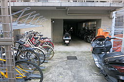 駐輪場 バイク...