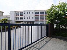 加古川市立野口小学校まで1511m
