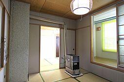 2階和室。サン...