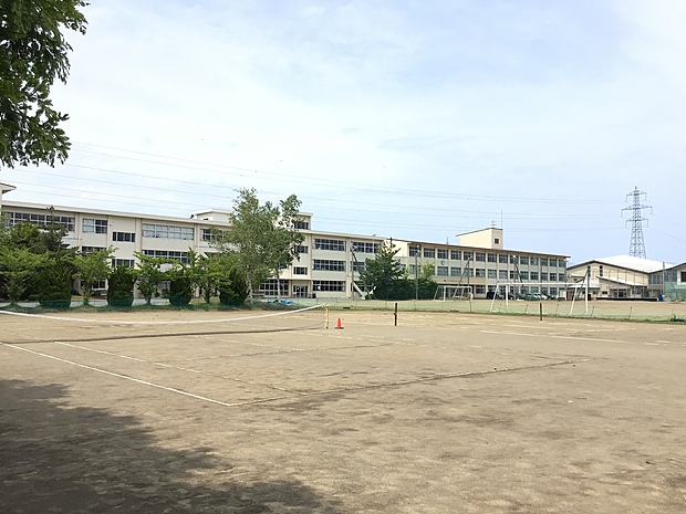 八戸市立下長中学校 徒歩 約26分(約2060m)