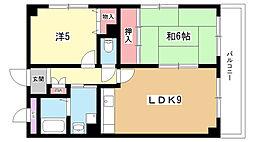 大阪府豊中市服部西町4丁目の賃貸マンションの間取り