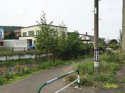 西野川の散策道...