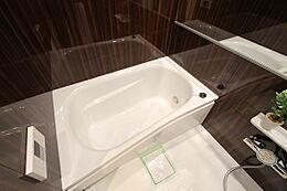 1216サイズのお風呂も新規交換済