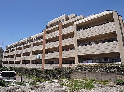 ヨーロピアンテイストを取り入れたデザインと住みやすさ。ユニットプランの全46戸。,3LDK,面積80.19m2,価格2,180万円,東葉高速鉄道 八千代中央駅 徒歩8分,,千葉県八千代市大和田新田