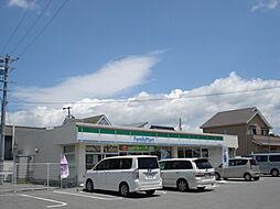 ファミリーマート武豊桜ヶ丘店 徒歩 約7分(約500m)