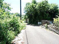 前面道路は約5.2mございます。