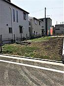 新広橋バス停まで徒歩4分 3つの駅に行くバスが利用できます。