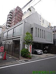 東京都新宿区四谷3丁目の賃貸マンションの外観