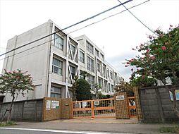 名古屋市立西築地小学校この小学校ではゴミ拾いや神社の節分祭りに参加したり夏祭りではお囃子や太鼓、踊りを披露するなど地域と連携した学習を行っています。 徒歩 約9分(約700m)