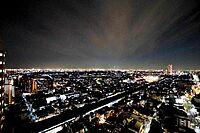 外観(美しい夜景が眼下に広がります。)