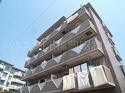 シャトル香貴[4階]の外観