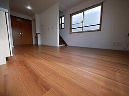 杉並区方南1丁目 平成11年築4LDK、お子様応援設計のお家 3LDKの居間