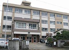 中学校加太中学校まで1264m