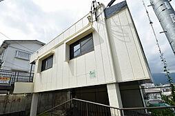 神奈川県秦野市萩が丘の賃貸マンションの外観