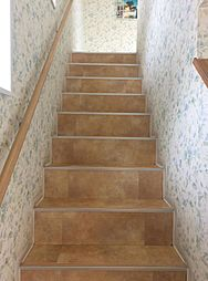 階段(店舗側)