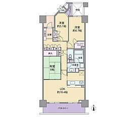 南側には和室が併設された約16.4帖のLDKがあります。WICをはじめとして収納スペースが多いことがこの物件の特徴となります。