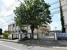 「世田谷区立深沢中学校」 徒歩10分