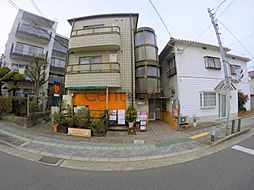 大阪府箕面市新稲1丁目の賃貸マンションの外観