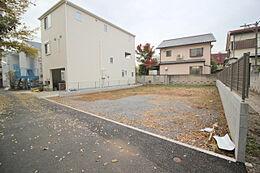 すっきりとした整形地。周辺は低層住宅広がる閑静な住宅地です