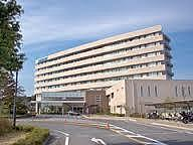 友愛記念病院まで3687m、急なケガ・発熱時も安心の総合病院。