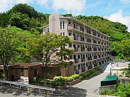 兵庫県神戸市北区山田町小部字出坂山の賃貸マンションの外観