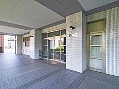 ~ 新規内装リノベーション 総戸数576戸のビッグコミュニティ 管理体制良好 住宅ローン減税適合物件です ~