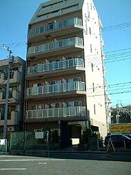 千葉県松戸市新松戸の賃貸マンションの外観