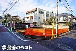 京王井の頭線「富士見ヶ丘」駅より徒歩約6分。通勤・通学に便利な立地です。